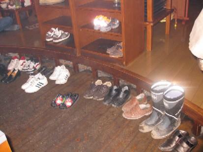 2010.0423楽しい煉屋靴揃えIMG_1042.jpg