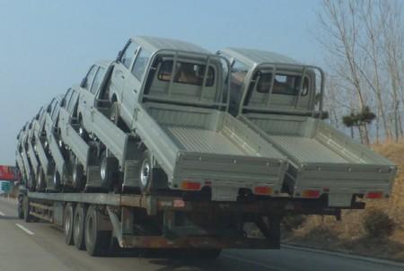 2012.0116トラックを積んだトレーラー2DSCF1894.jpg
