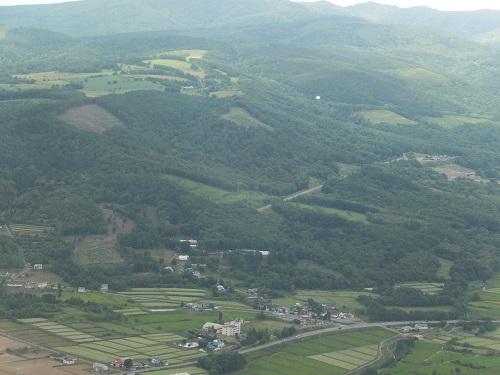 2013.0728ヘリコプターの上から見た北海道サフォーク牧場DSCF3992