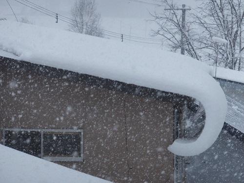2013.1214屋根の雪DSCF7755