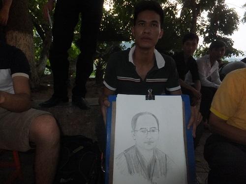 2014.1011ベトナムで似顔絵1 DSCF2158