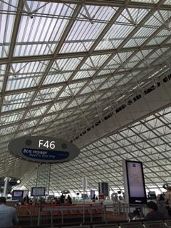 2015.1007パリ空港IMG_0488
