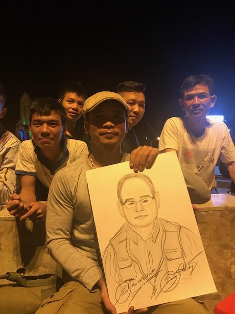 2017.0921ベトナムサパで似顔絵2IMG_3769
